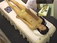 Oznake: masaža, spletna kamera, skrita kamera.