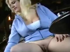 Tags: kaili, milzīgi pupi, meitene, publiskais sekss.