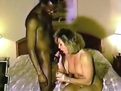 Žymės: juodaodžių porno, subrendusios, žmona, viešbutyje.
