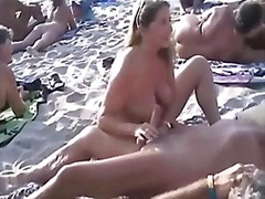 Tags: strand, masturbationen, swinger, handjob.