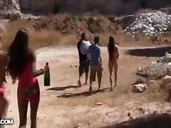 Tags: kailums, bikini, meitene, students.
