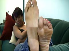 Tag: fetish kaki, hitam, pemujaan, fetish kaki.