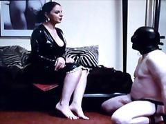 Oznake: ženska dominacija, lateks.