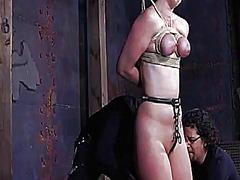 टैग: अपमानित करना, बंधक, लड़की, गुलाम.