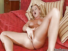 Silvia saint loses control after taking fingers in her beaver.