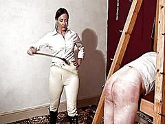 Tags: տիրուհի, տուտուզին խփել, սադո-մազո.