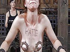 Oznake: ponižanje, dominacija, zvezan, ekstremno.