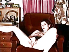 My sensual orgasm in the living room.
