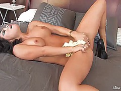 Asa akira gets the pleasure from masturbating.