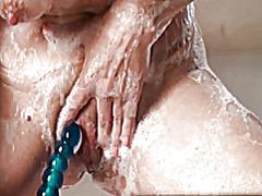 Tag: lancap, ibu seksi, rambut blonde.