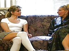 Tags: lesbietes, garās zeķes, blondīnes.