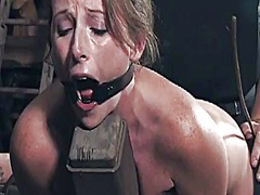תגיות: השפלה, שעבוד, בחורה, עבדים.