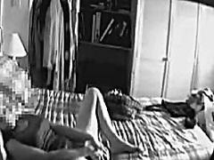 Oznake: masturbacija, hlačice, skrivena kamera.